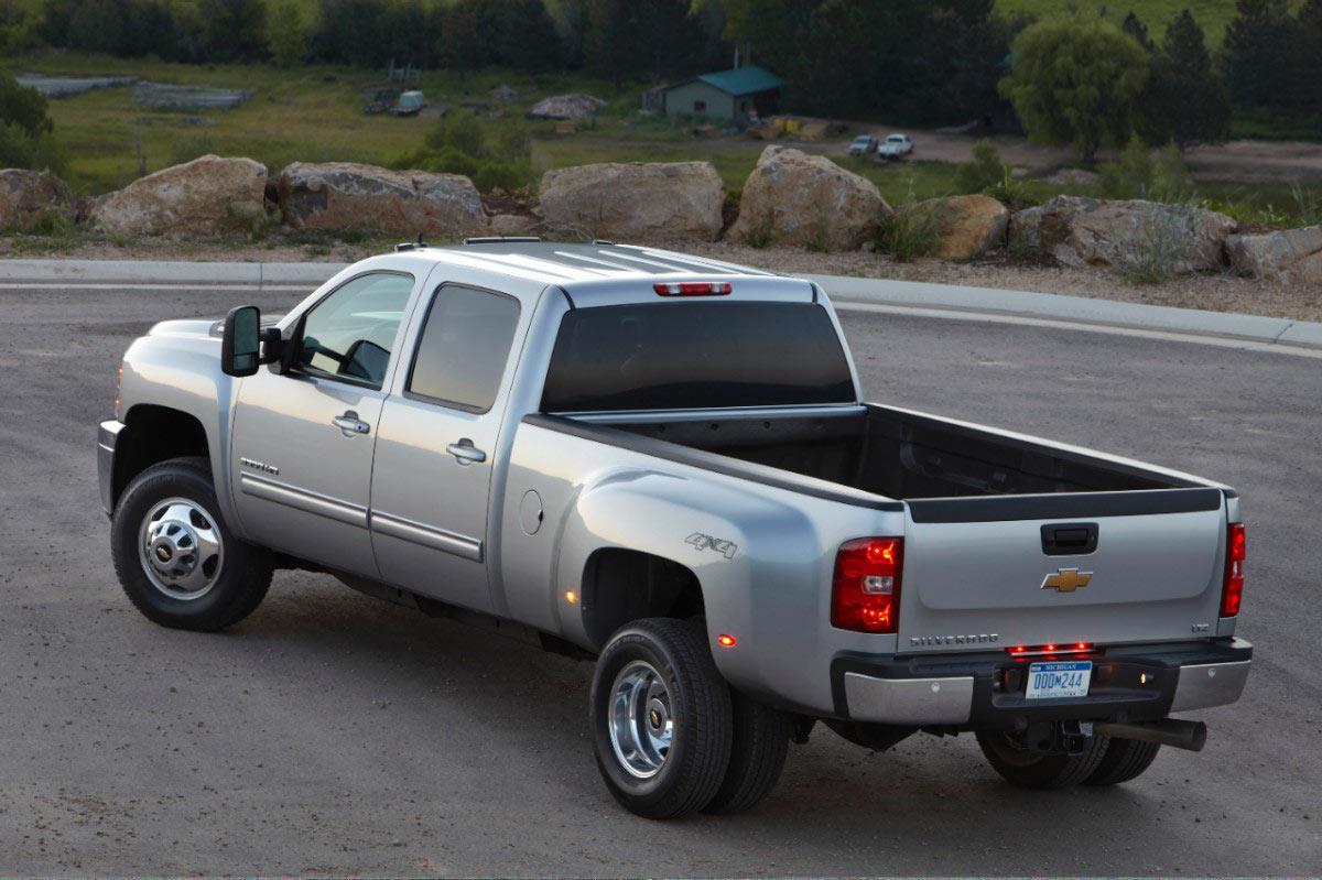 2013 chevrolet silverado 2500 hd and 3500 hd carpower360 carpower360. Black Bedroom Furniture Sets. Home Design Ideas