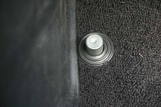 07 Floor Mounted High Beam Switch